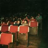 Rialto-Kinosaal-mit-Kindern